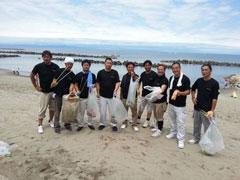 海岸清掃に参加しました。~結志会~